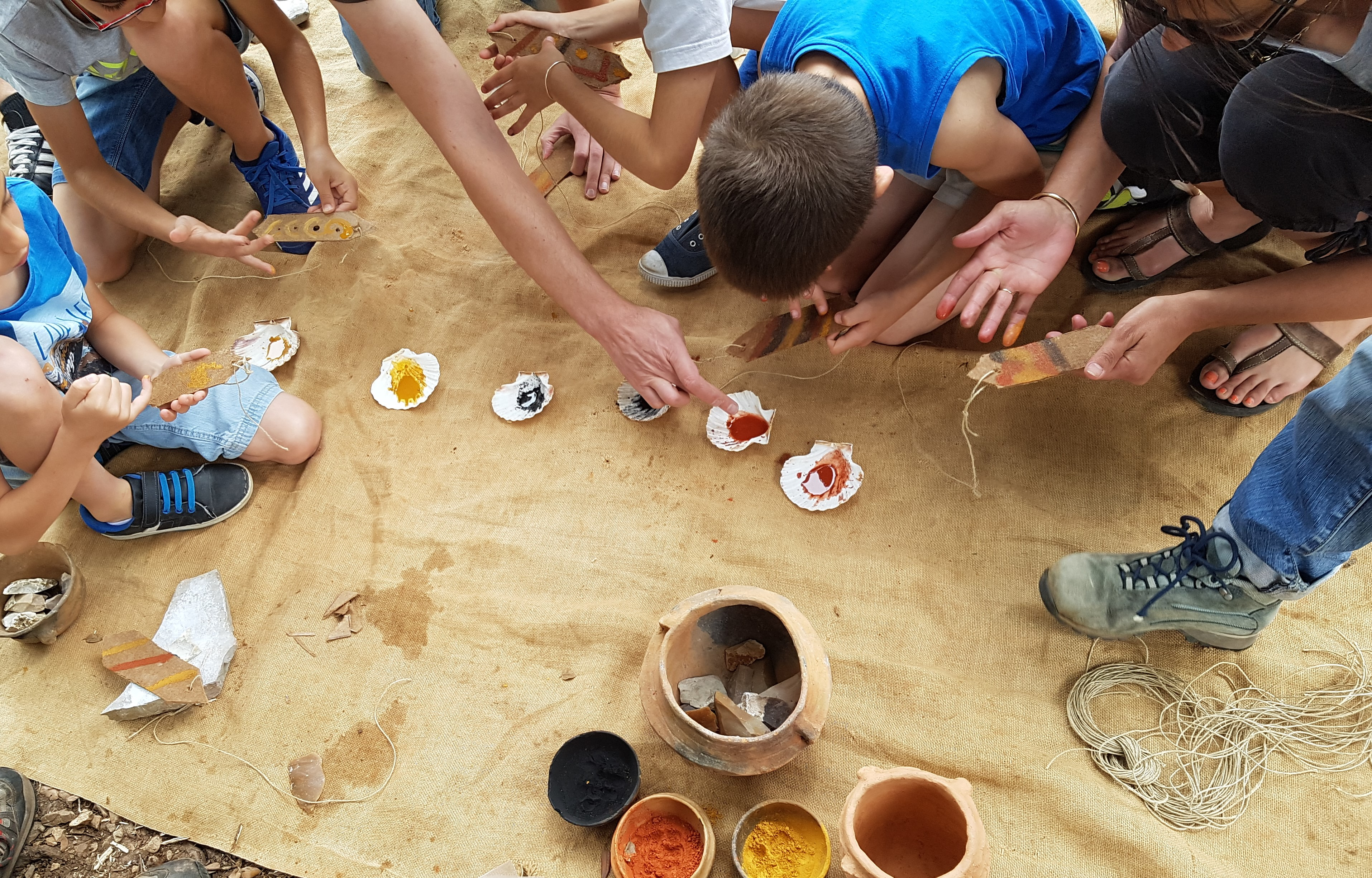 Atelier pédagogique - Confection d'instrument de musique préhistorique